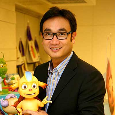 Dr. Jwanwat Ahriyavaromp : CEO & FOUNDER